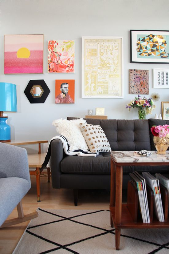 Colorful & bright living room