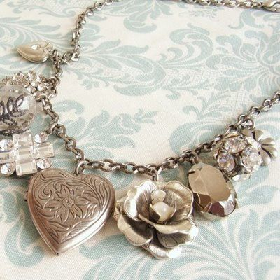 I adore lockets