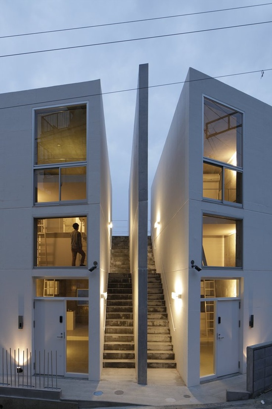 Skeleton House, Yokosuka, Kanagawa, 2012 by Be-Fun Design  #architecture #japan #kanagawa #yokosuka #house #stair #concrete