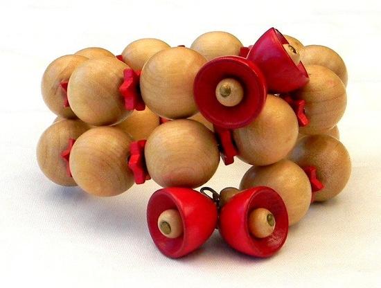 1940s WWII Miriam Haskell Czech Style Wood Bell Star Beads Wire Bracelet