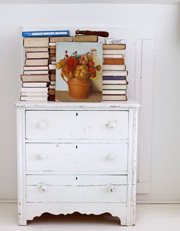 empty a bookshelf...