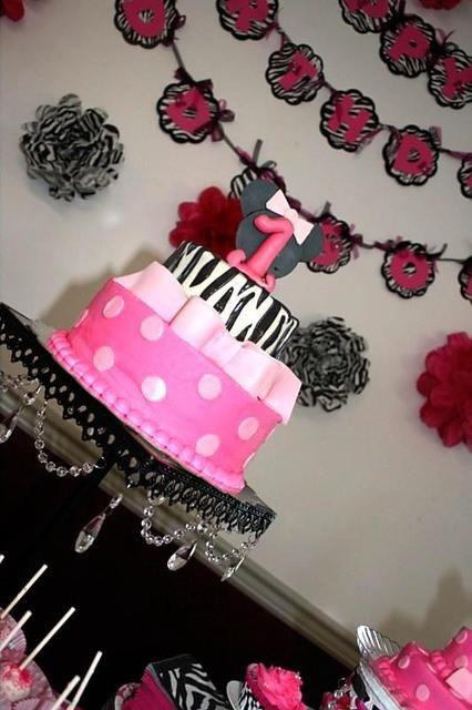 Glam Minnie Mouse zebra cake! #glam #minniemouse #zebra #cake