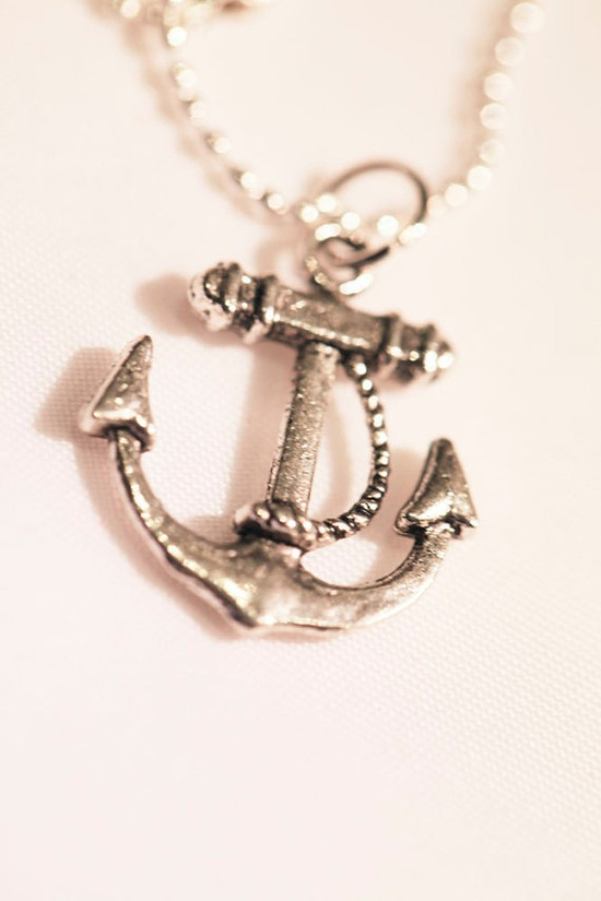 Anchor Necklace $10