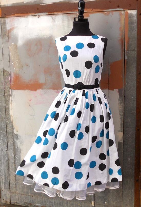 Polka dots.  Too cute.