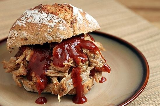 Slow Cooked Pulled Pork: Easy and delicious. Try it with a lean pork roast and make mini sliders! #Pork #Pulled _Pork #Sliders #theyummylife