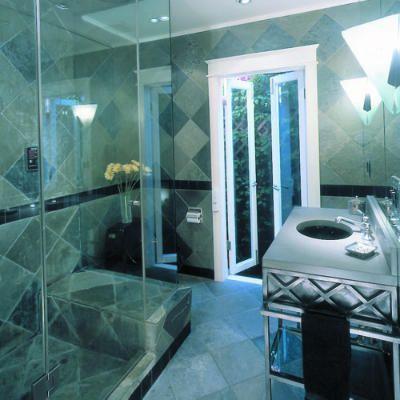 Such a beautiful bathroom