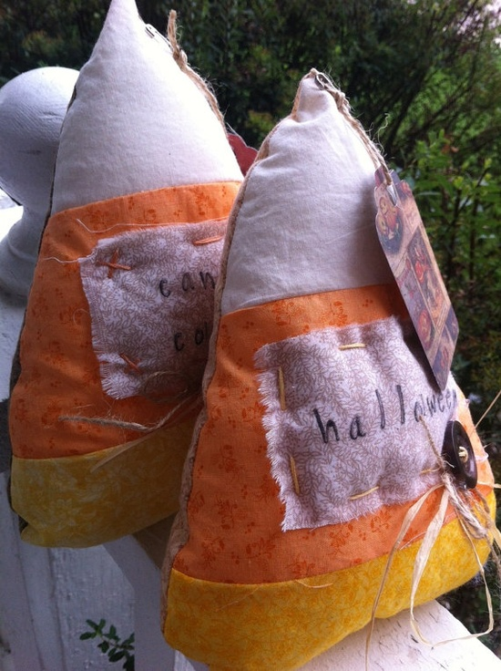 Halloween candy corn prim country pillow tuck