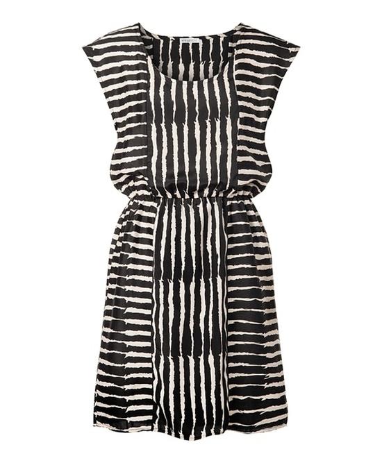 I like this dress!