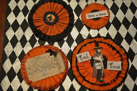 Crepe paper has some fun applications to vintage Halloween inspired crafts.