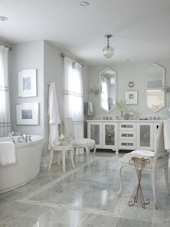 Sarah's Suburban House: Master Bathroom