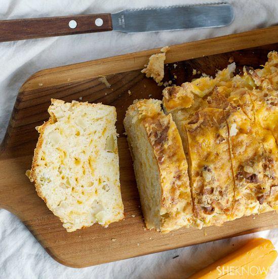 Cheddar cheese apple bread