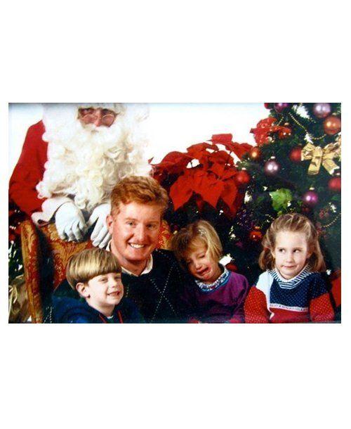 Funny Photos With Santa: Santa bomb