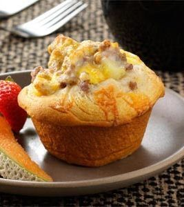 Recipe for Breakfast Biscuit Cups - Start your morning with all of your breakfast favorites in a warm, flaky biscuit cup!