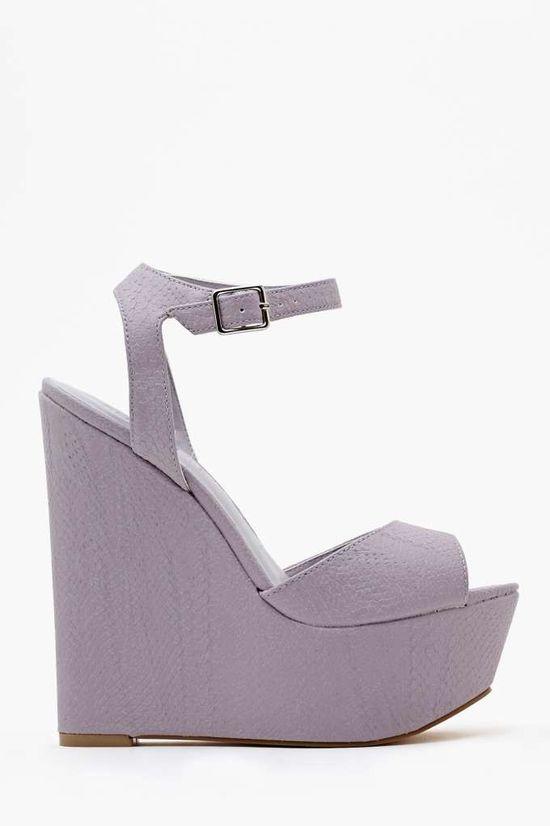 Lavender Wedge