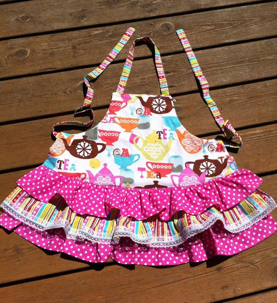 Adorable apron for little girls
