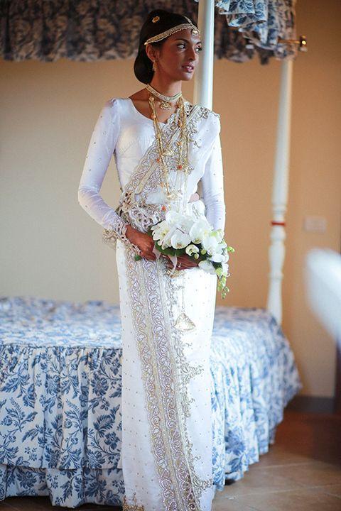 Traditional Sri Lankan bride - upcountry style #SriLankan #bride #elegantWeddings