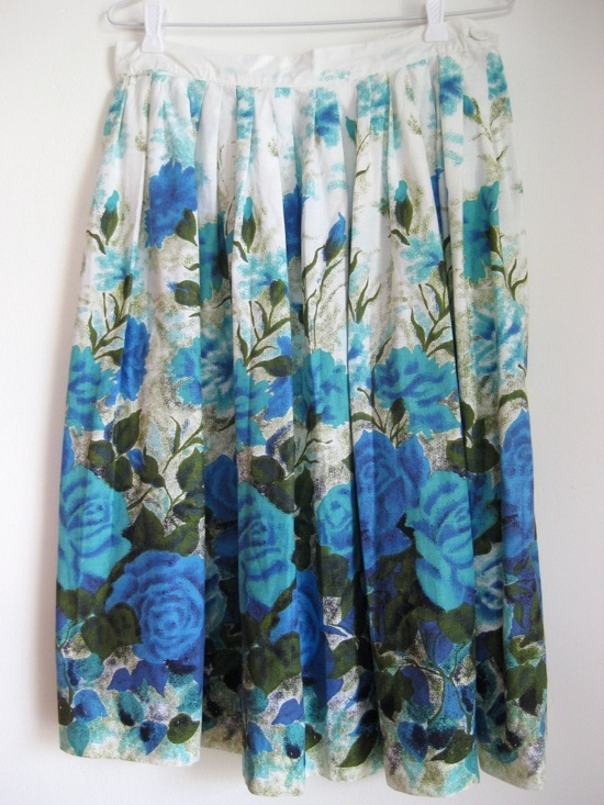 Blue rose, cotton, 1950s or 60s, handmade, floral print, full skirt. Sized M to L.