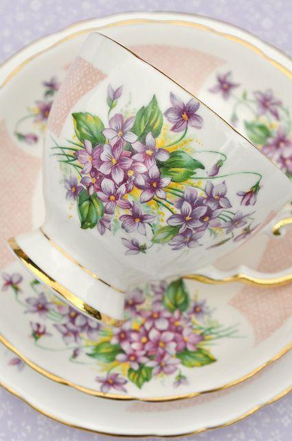 Violets Vintage Teacup Trio