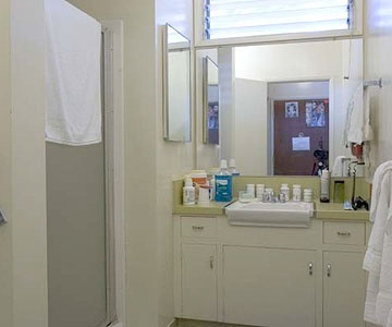 Bathroom Before Bathroom After- Love the idea of the mirrored piece used for the vanity in the after shot.