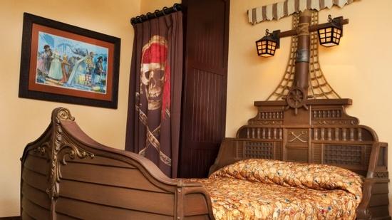 Pirate themed room at Caribbean Beach Resort in Walt Disney World