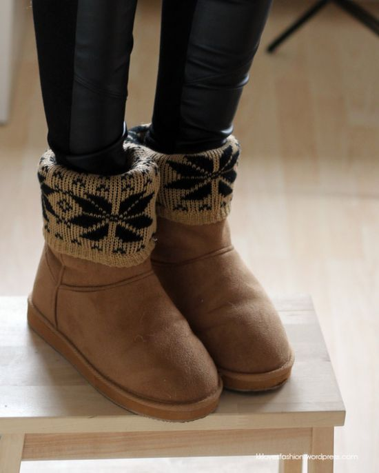 DIY Fashion - Dress up your boots, fold over patterned socks