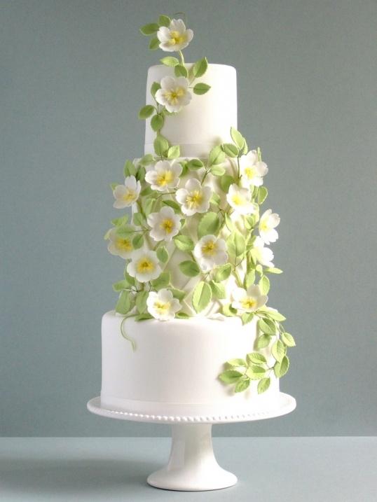 Rose and Trellis Wedding Cake