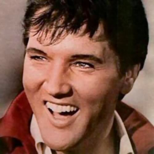 Elvis Presley....LOVE HIS SMILING FACE!!
