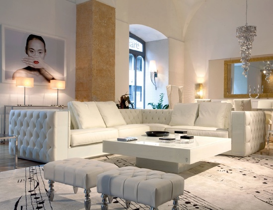 InStyle-Decor.com Beverly Hills Luxe White Interiors Trending Inspiring Luxury Hollywood Home Decor Enjoy & Happy Pinning