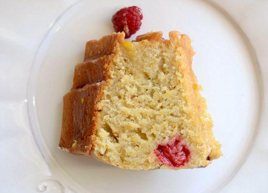 Super moist bundt cake!