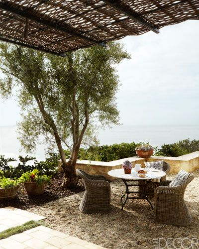 CHIC COASTAL LIVING: Seaside Living: Riding the Waves in California