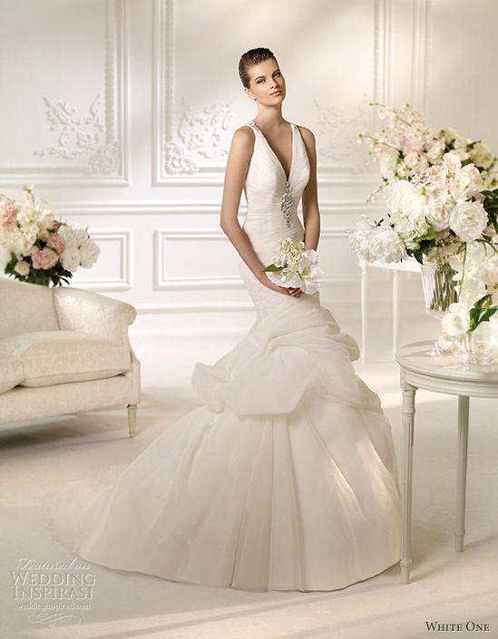 ZsaZsa Bellagio: Wedding Gown Elegance
