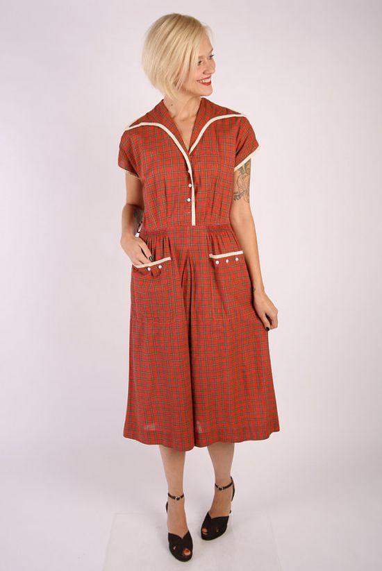 1950s Dress // vintage 50s // Scarlet Day Dress by dethrosevintage, $76.00