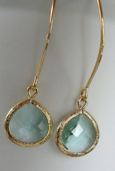 earrings. I really like these, if the dresses are mint green.