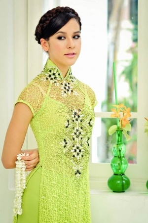 bridesmaid ao dai...not in this color though