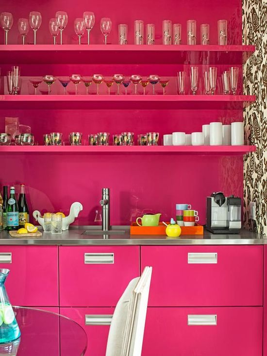 pink lacquer bar