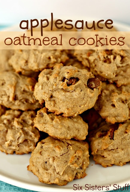 Applesauce Oatmeal Cookies from SixSistersStuff.com. Amazing and easy!