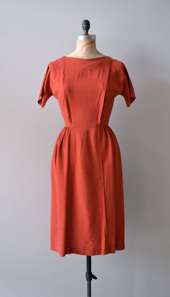vintage 1950s Coquette wiggle dress     #vintagedress #1950s