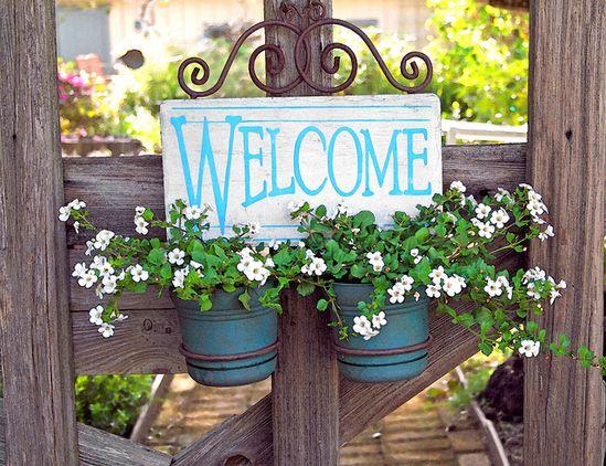 love this garden gate planter