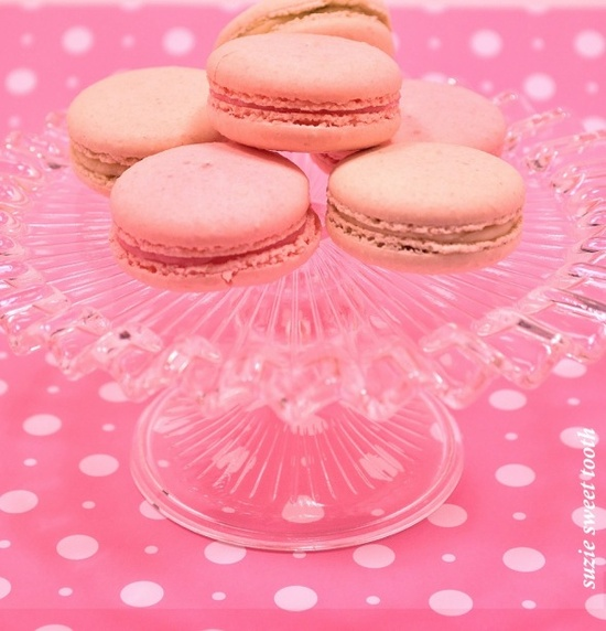 Pink Bake Sale Ideas http://pinterest.com/pin/127367495682430267/