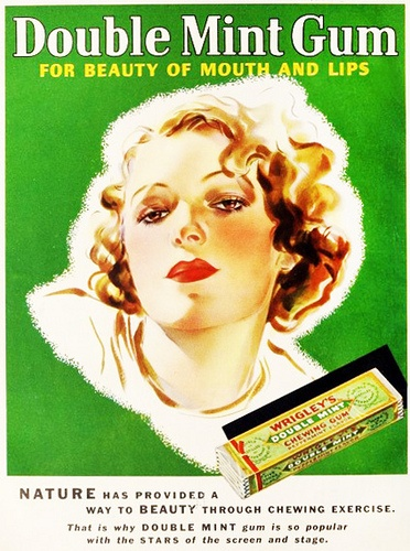 Wrigley's Double Mint Gum - for beauty of mouth and lips (1935). #vintage #1930s #food #candy #ads