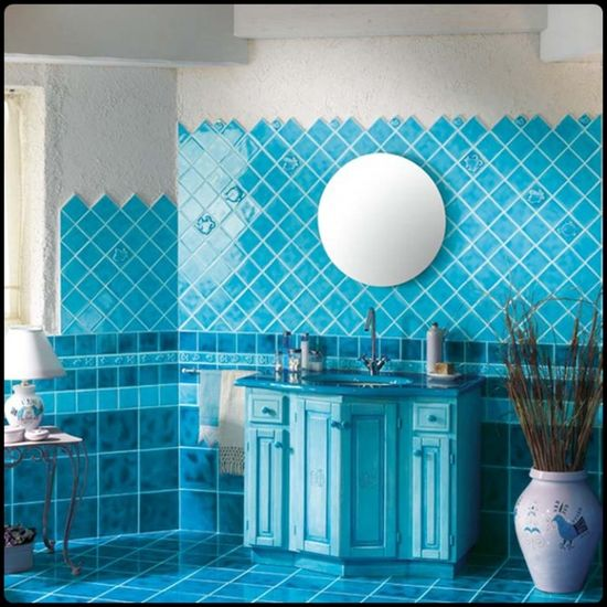luxurious natural tiled bathroom design ideas