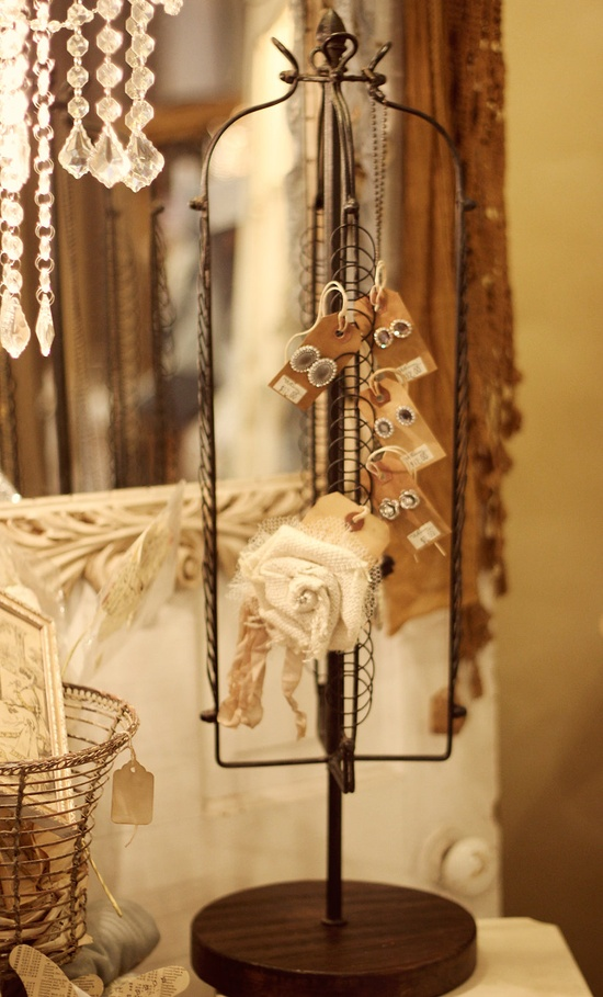 Creative Rustic Jewelry Display.