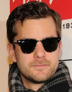 Joshua Jackson #Celebrity #NeverHide #RayBan #RealStyle #Glasses #Sunglasses #Shades