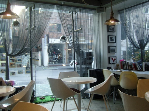 cafe in seoul  by Marie kim, via Flickr
