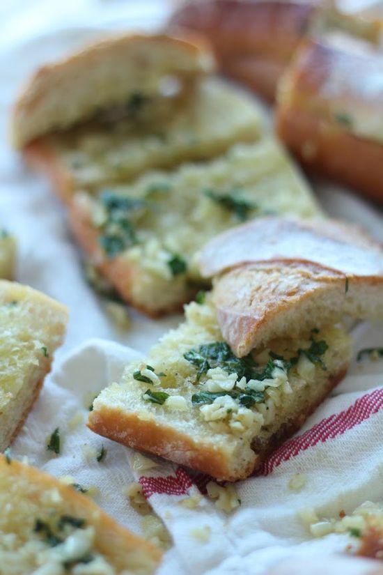The Best Garlic Bread