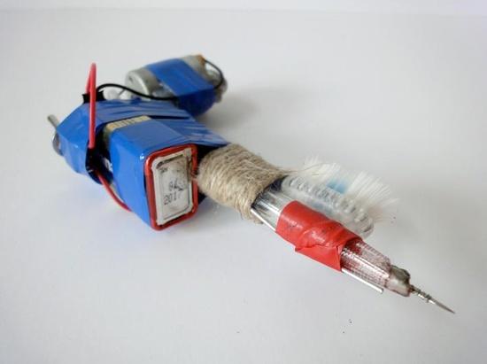 handmade tattoo gun prison style by www.goofz.nl www.facebook.com/...
