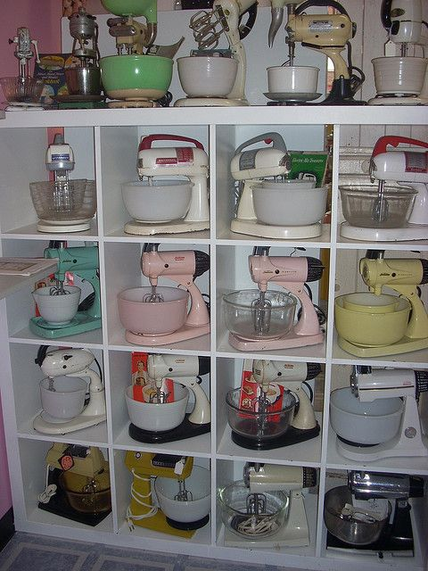 Vintage kitchen fun :)