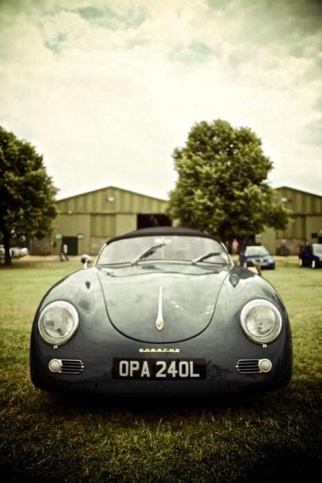 Beautiful ride AND photo. #photography #porsche #roadster #car #luxury #rich #photo #blue #green Bath tub style Porsche 356 Roadster