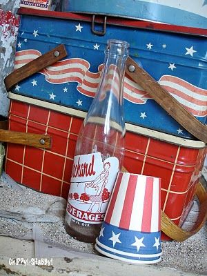 Patriotic Vintage Picnic Basket