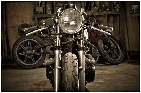 Retro Moto's '81 Honda CM400 - Pipeburn - Purveyors of Classic Motorcycles, Cafe Racers & Custom motorbikes